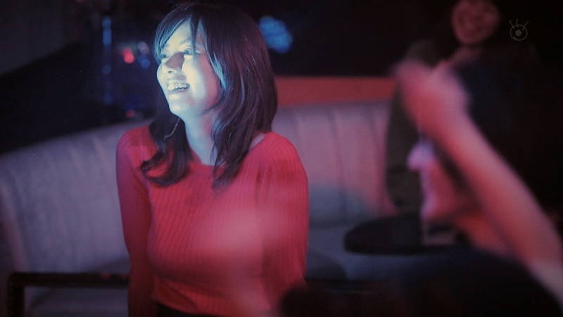【池田エライザキャプ画像】池田エライザのドラマがセーター巨乳が全面的にフィーチャーされているwww 29
