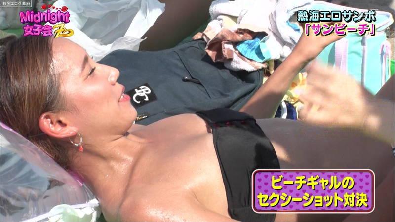 【素人キャプ画像】熱海でビキニの素人さんを脱がしてセクシーショットを撮る番組ってwww