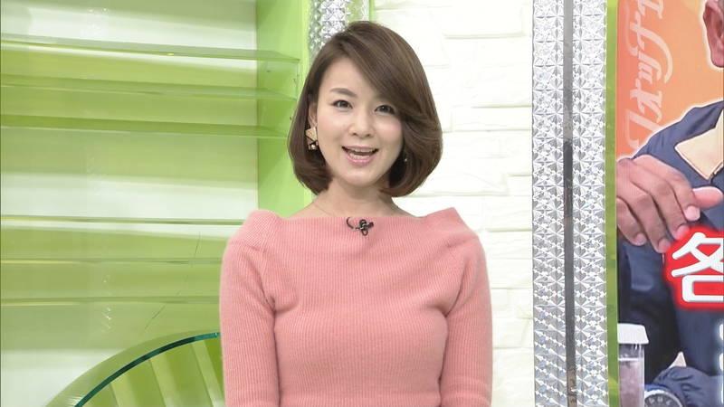 【着衣キャプ画像】秋になると増えてくるセーターおっぱいな女性たちwww 24