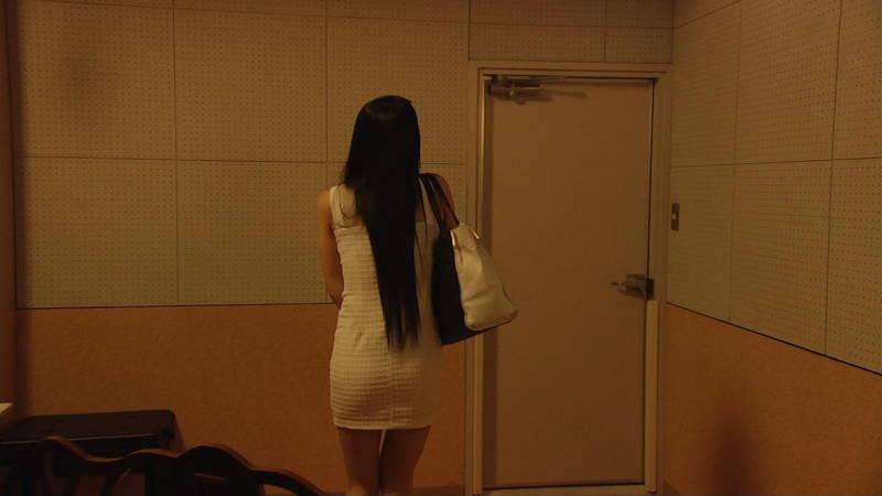 【芦名星キャプ画像】ギリギリの衣装で常にパンチラチャンスなドラマwww 10