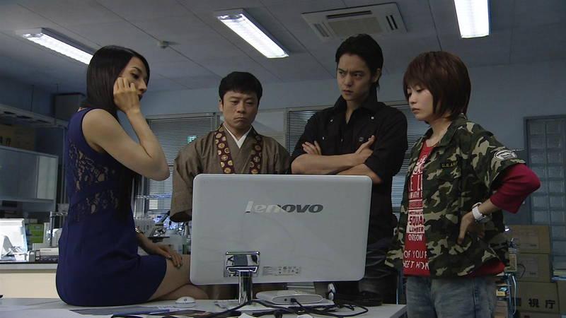 【芦名星キャプ画像】ギリギリの衣装で常にパンチラチャンスなドラマwww 15