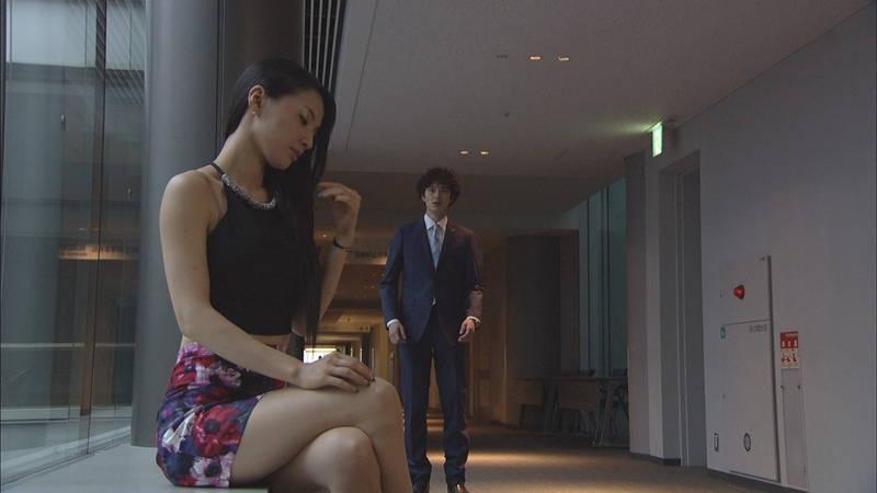 【芦名星キャプ画像】ギリギリの衣装で常にパンチラチャンスなドラマwww 22