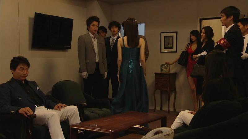 【芦名星キャプ画像】ギリギリの衣装で常にパンチラチャンスなドラマwww 27