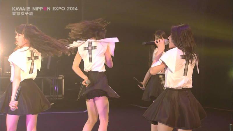 【ライブキャプ画像】Kawaii Nippon Expoがパンチラ祭りだったと聞いてwww 15