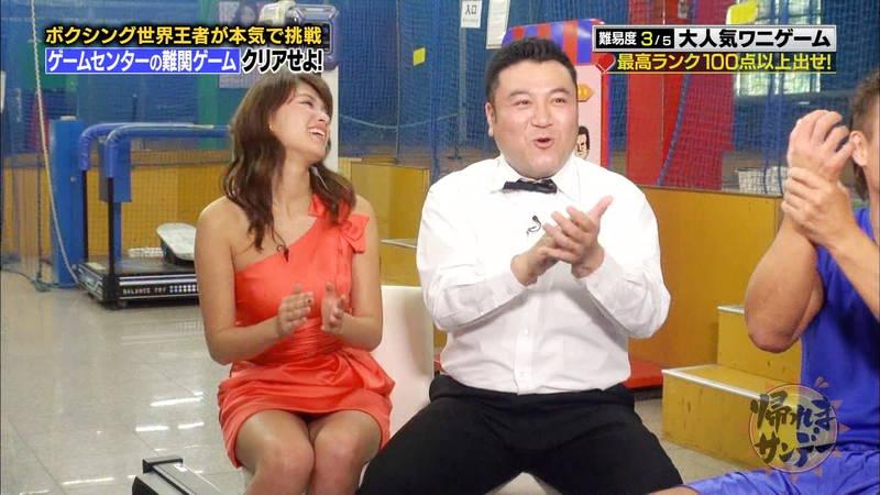 【久松郁実キャプ画像】番組内容をふっ飛ばすレベルでパンチラしまくる久松郁実www 16