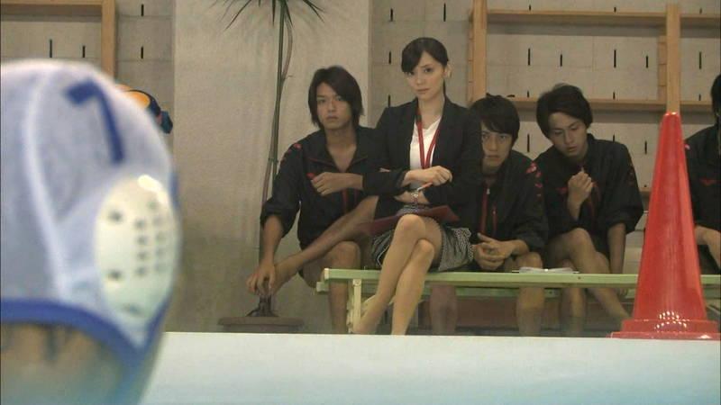 【大政絢キャプ画像】常に競泳水着がエロシーンになってしまう水球ドラマwww 17