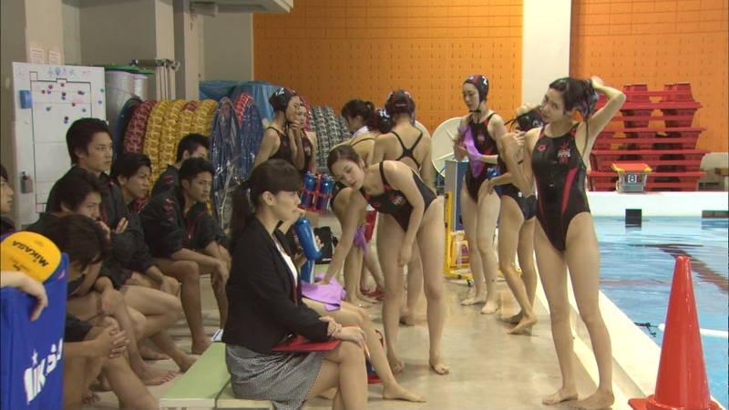 【大政絢キャプ画像】常に競泳水着がエロシーンになってしまう水球ドラマwww 18