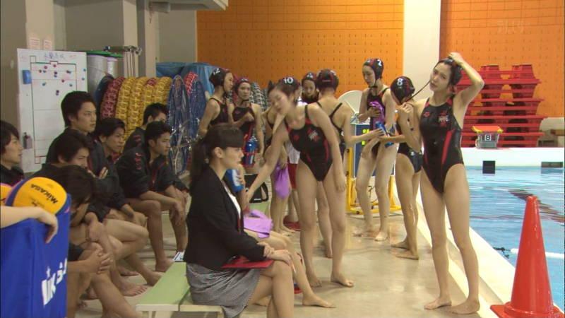 【大政絢キャプ画像】常に競泳水着がエロシーンになってしまう水球ドラマwww 22