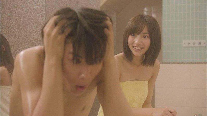 【入浴キャプ画像】憧れの女優さんやグラドルにピッタリ貼り付くタオルになりたいwww 16