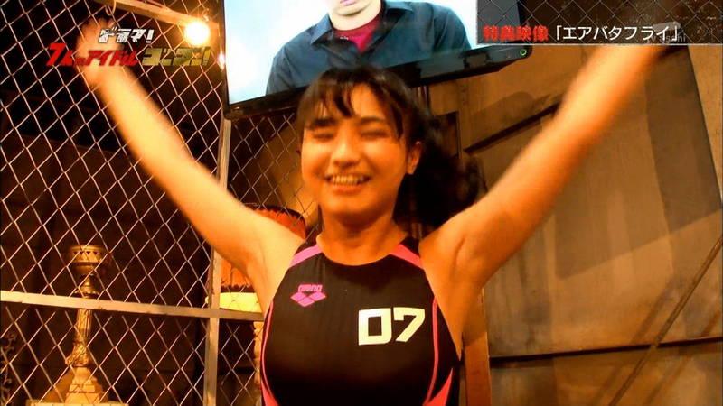 【競泳水着キャプ画像】アイドルがビキニではなく競泳水着を着たらこうなる的なキャプwww 23