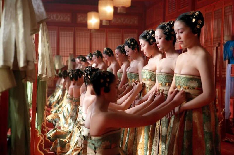 【王妃の紋章キャプ画像】中国映画を普通に観ていたのに気がついたらおっぱいしか見えなくwww 08