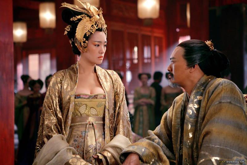 【王妃の紋章キャプ画像】中国映画を普通に観ていたのに気がついたらおっぱいしか見えなくwww 13