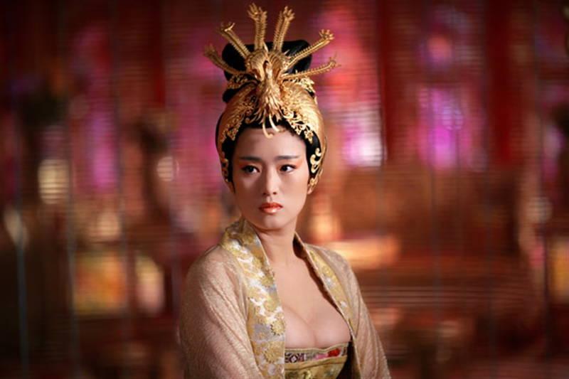 【王妃の紋章キャプ画像】中国映画を普通に観ていたのに気がついたらおっぱいしか見えなくwww 14