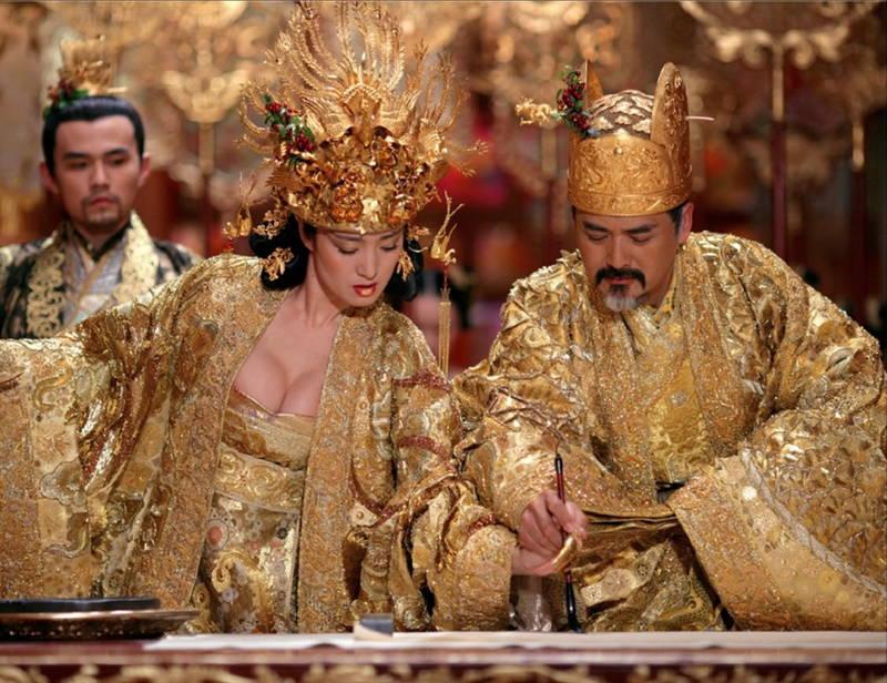 【王妃の紋章キャプ画像】中国映画を普通に観ていたのに気がついたらおっぱいしか見えなくwww 15
