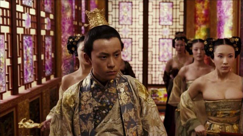 【王妃の紋章キャプ画像】中国映画を普通に観ていたのに気がついたらおっぱいしか見えなくwww 18