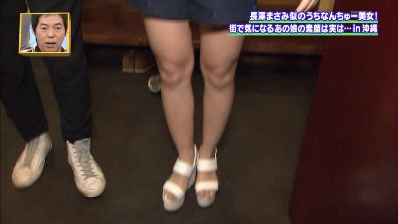 【素人キャプ画像】沖縄で評判の南国美女が予想以上に美人で美脚だったwww 25