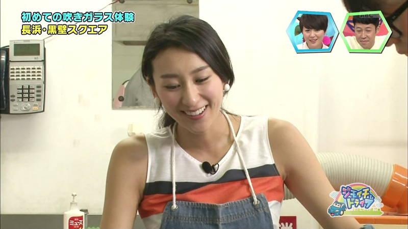 【浅田舞キャプ画像】巨乳が目立ちすぎるウェットスーツでおっぱいアピールがすぎる浅田舞www 03