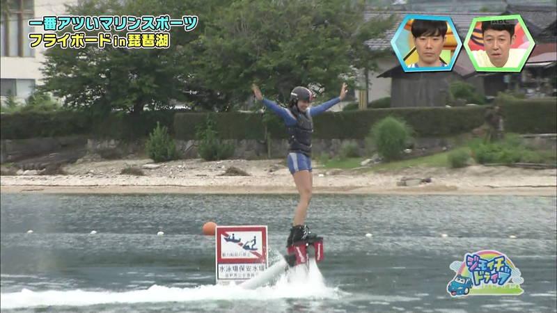 【浅田舞キャプ画像】巨乳が目立ちすぎるウェットスーツでおっぱいアピールがすぎる浅田舞www 21