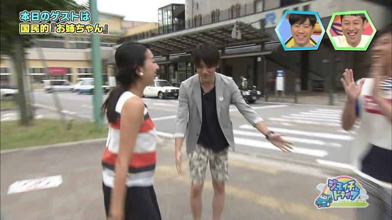 【浅田舞キャプ画像】巨乳が目立ちすぎるウェットスーツでおっぱいアピールがすぎる浅田舞www 25