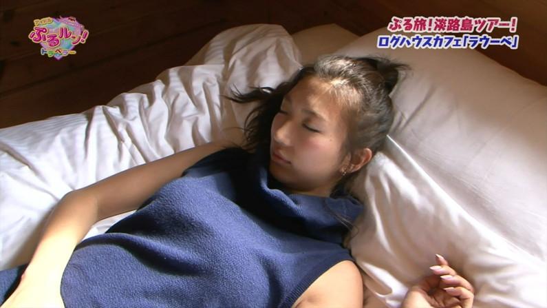 【寝顔キャプ画像】寝顔が可愛すぎて思わず夜這いでも仕掛けたくなっちゃいたくなるタレント達の寝顔w