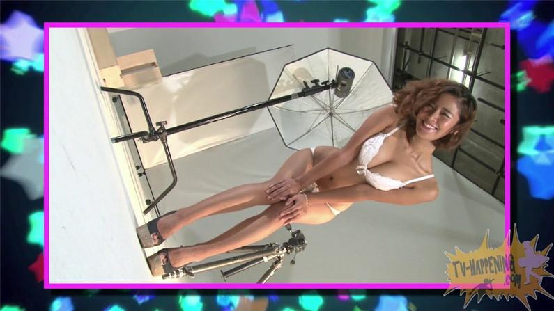 【お宝キャプ画像】ケンコバのバコバコTVでセクスィバトルとか言うコーナでTバックの尻がエロすぎw 15