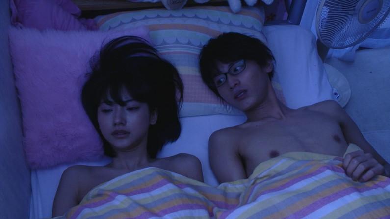 【濡れ場キャプ画像】濡れ場やベッドシーンで見せる女優さんの表情や乳首がエロいw 05