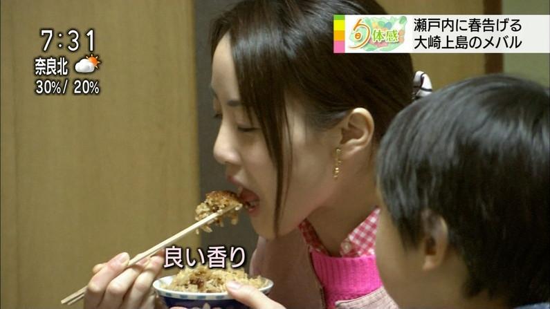 【擬似フェラキャプ画像】食レポで必ずと言ってもいいほどエロい顔になっちゃう女子アナ達w