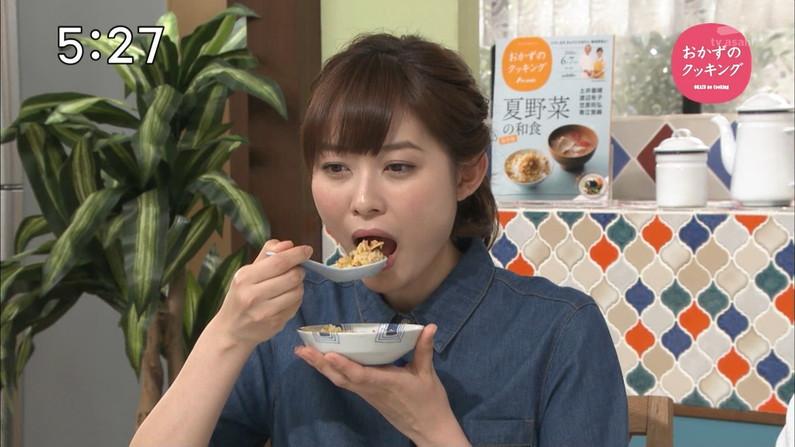【擬似フェラキャプ画像】食レポで必ずと言ってもいいほどエロい顔になっちゃう女子アナ達w 12