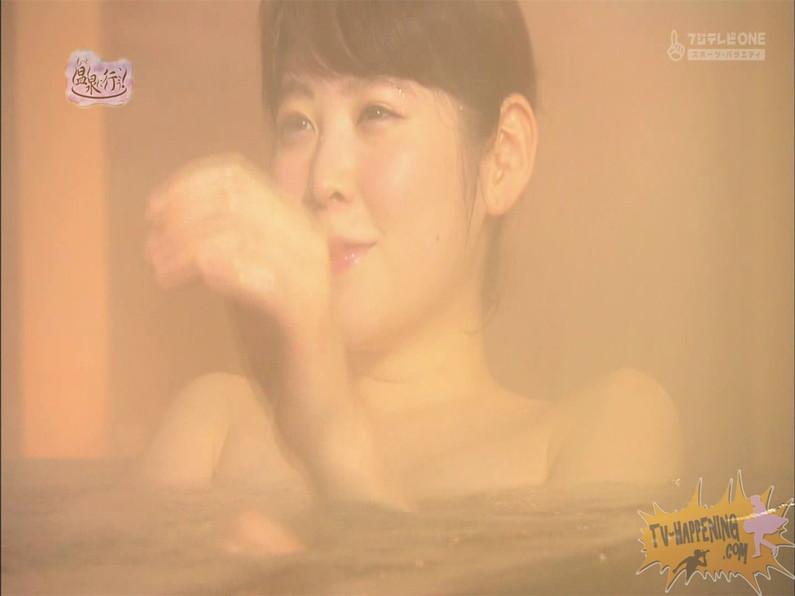 【お宝エロ画像】お尻は見せてくれるがマンコと乳首は絶対見せてくれないもっと温泉に行こうw 38