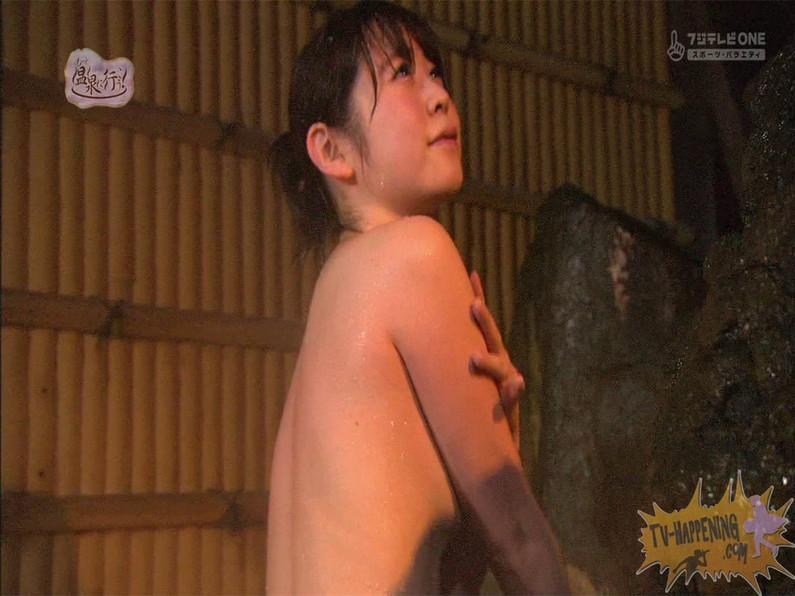 【お宝エロ画像】お尻は見せてくれるがマンコと乳首は絶対見せてくれないもっと温泉に行こうw 42