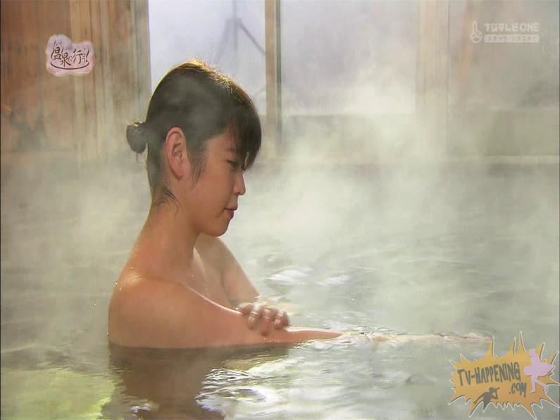 【お宝エロ画像】お尻は見せてくれるがマンコと乳首は絶対見せてくれないもっと温泉に行こうw 66