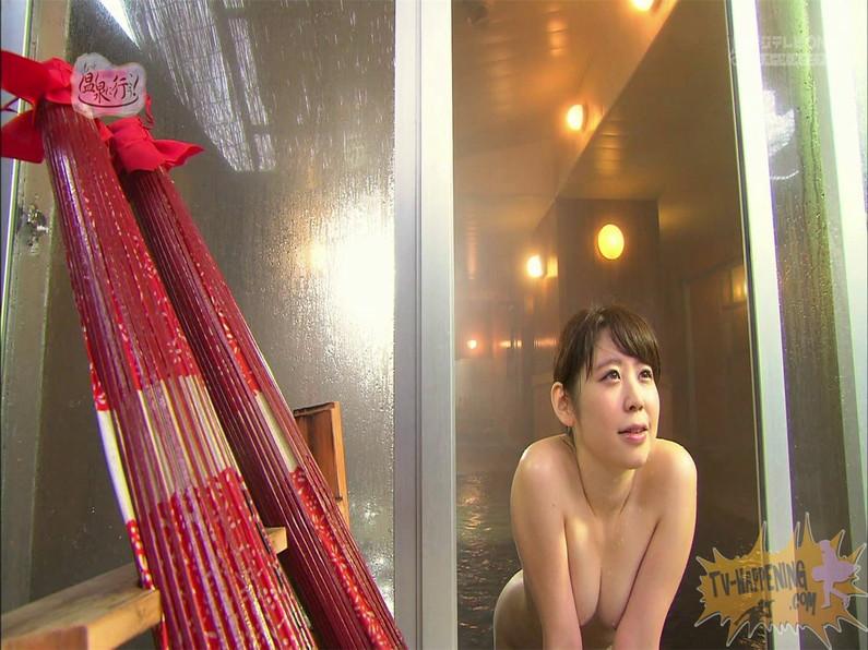 【お宝エロ画像】お尻は見せてくれるがマンコと乳首は絶対見せてくれないもっと温泉に行こうw 70