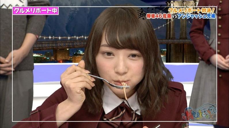 【擬似フェラキャプ画像】食レポしてたらどうしてもエロい顔になっちゃうタレント達w 01