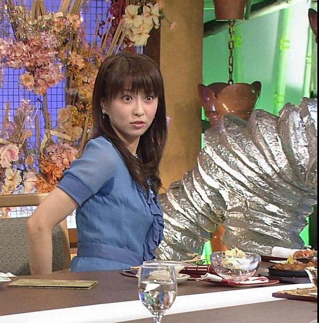 【脇汗キャプ画像】女性タレントがパンチラより嫌がる放送事故がこれだww 11