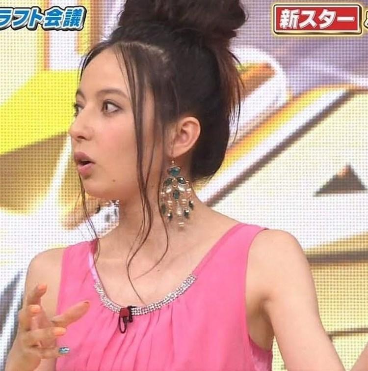 【脇汗キャプ画像】女性タレントがパンチラより嫌がる放送事故がこれだww 15
