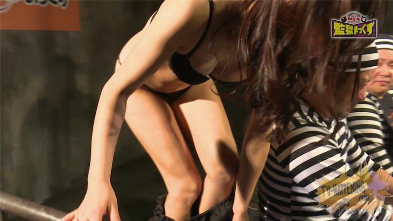 【お宝キャプ画像】ケンコバのバコバコTVに出てくる下着姿の美女のオッパイとお尻がエロいw 34