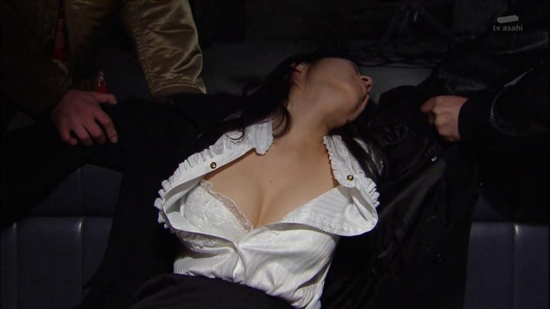 【濡れ場キャプ画像】女優さんの生オッパイまで見れちゃう濡れ場やエッチなシーンww 21