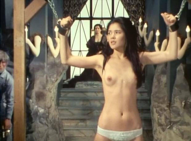 【濡れ場キャプ画像】女優さんの生オッパイまで見れちゃう濡れ場やエッチなシーンww 24