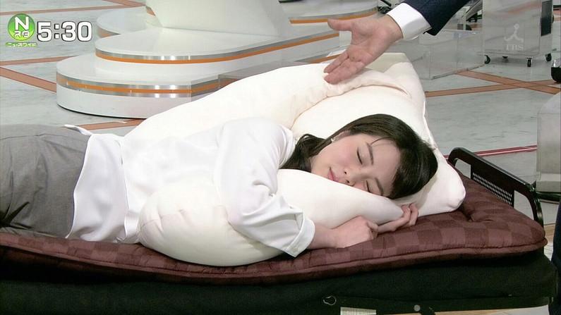 【寝顔キャプ画像】女性タレント達の寝顔大公開!マジで夜這い仕掛けたくなるぞw 09