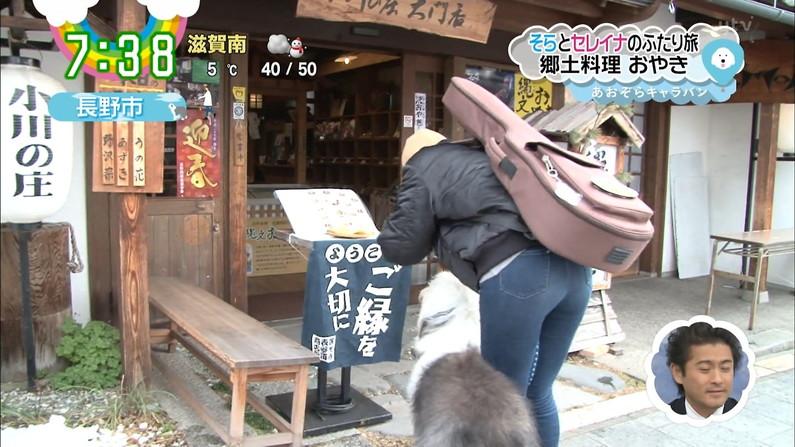 【お尻キャプ画像】タレント達のピタパンお尻ってなんか後ろから見てると凄いエロ稲ww 09
