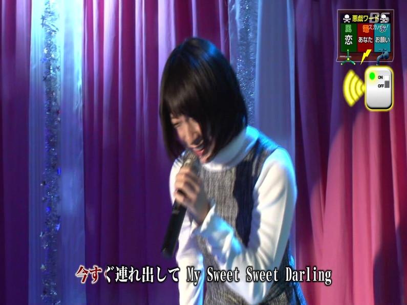 【お宝エロ画像】セクシー女優歌合戦とか言う番組で女優達が歌ってる最中に股間に電気流されて悶絶しとったww 10