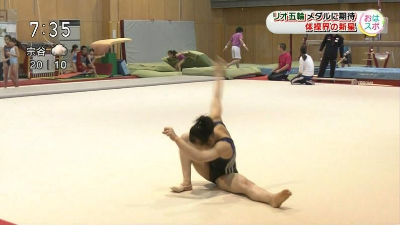 【ハミマン放送事故画像】美女達がカメラの前でお股クパーするもんだから股間がえらいことなってるやないかw 07