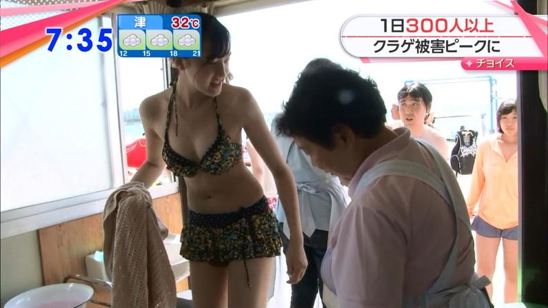 【水着キャプ画像】夏が恋しくなったから水着姿のテレビに映った巨乳の素人美女集めたったw 10