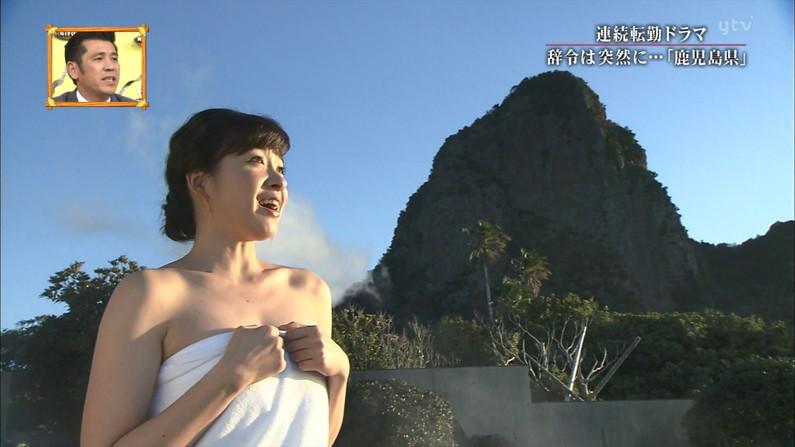 【温泉キャプ画像】バスタオルを透かして見たくなるタレント達の温泉レポww 18