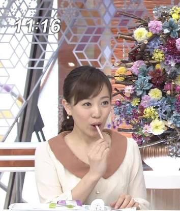【疑似フェラキャプ画像】今日も女子アナ達はエロい顔しながら食レポ頑張ってますww 22