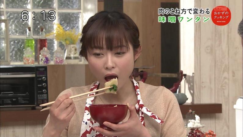 【疑似フェラキャプ画像】タレント達が食レポしてる時の顔がエロすぎて思わずチ〇コいじりたくなるw 20