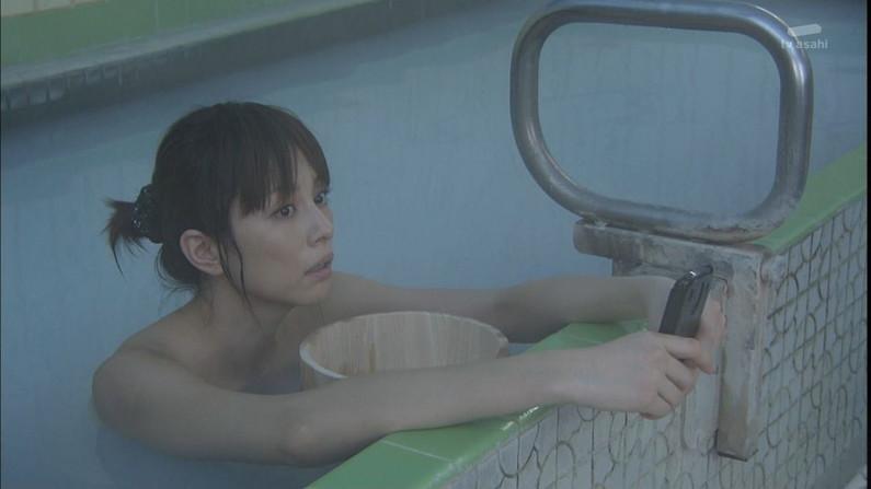 【入浴キャプ画像】セクシー女優が見せたドラマなどの入浴シーンww 01
