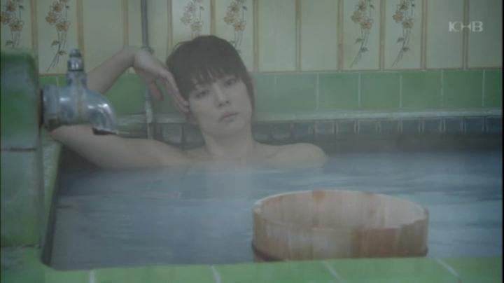 【入浴キャプ画像】セクシー女優が見せたドラマなどの入浴シーンww 03