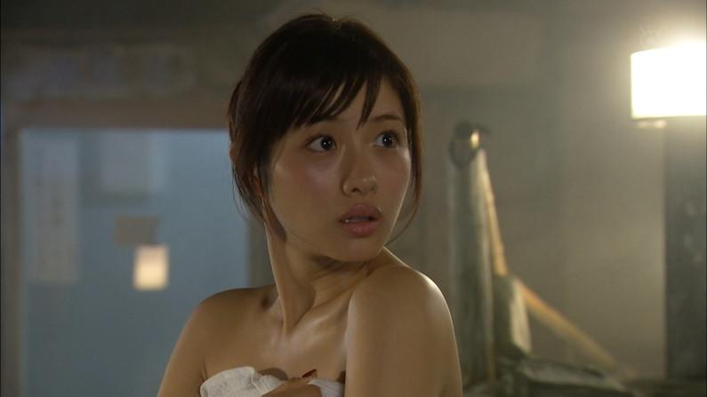 【入浴キャプ画像】セクシー女優が見せたドラマなどの入浴シーンww 07