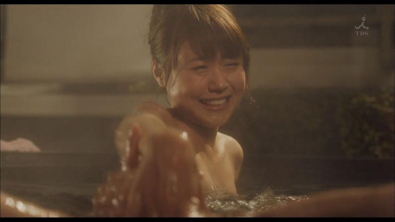 【入浴キャプ画像】セクシー女優が見せたドラマなどの入浴シーンww 19